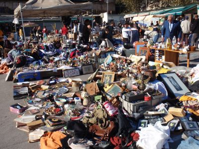 A_load_of_old_junk_or_hidden_treasures?_Encants_market_in_Barcelona.jpg